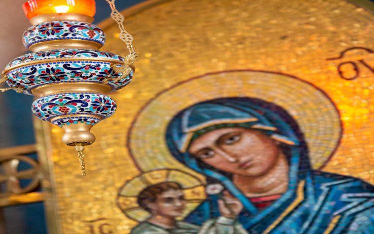 333 Μεγαλυνάρια της Παναγίας μας...